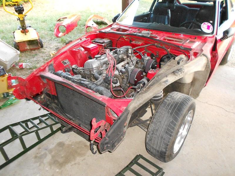 Datsun 260Z 2+2 rouge... présentation enfin!! Dscn0104