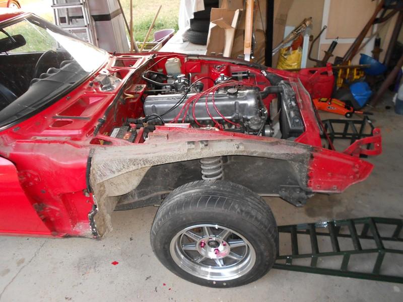 Datsun 260Z 2+2 rouge... présentation enfin!! Dscn0106