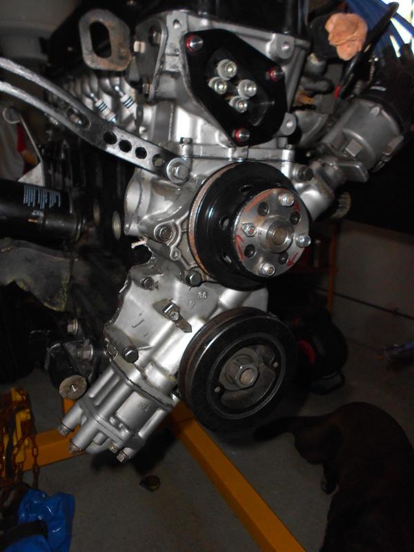 Datsun 260Z 2+2 rouge... présentation enfin!! Dscn0135