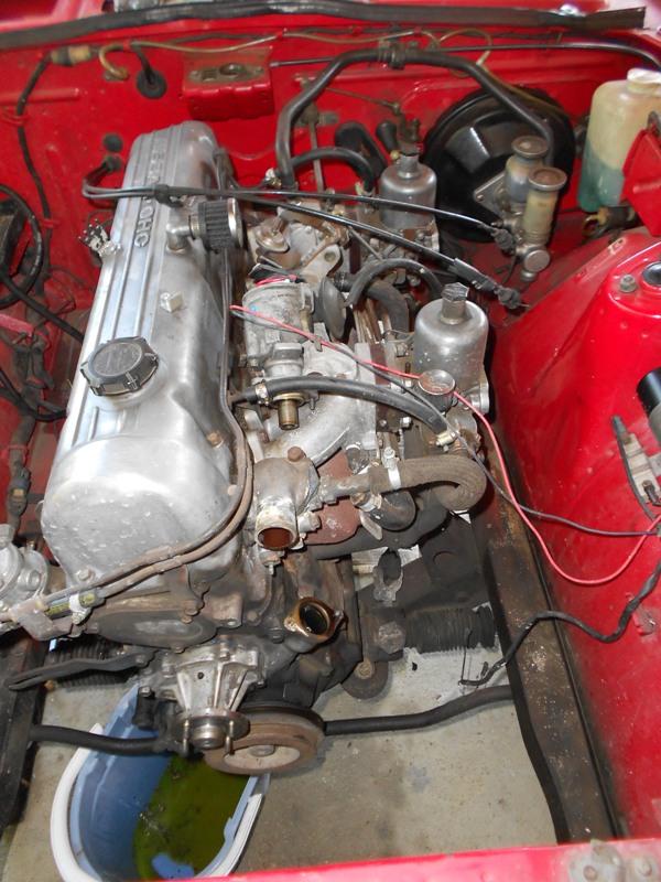 Datsun 260Z 2+2 rouge... présentation enfin!! Dscn0137