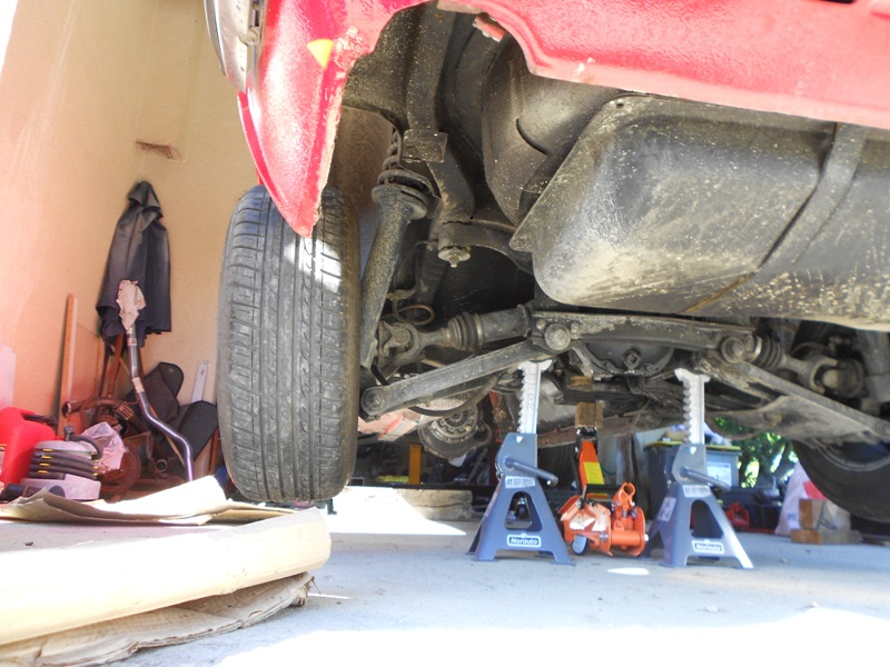 Datsun 260Z 2+2 rouge... présentation enfin!! Dscn0148