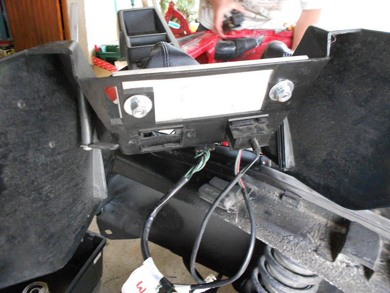Datsun 260Z 2+2 rouge... présentation enfin!! Dscn0166