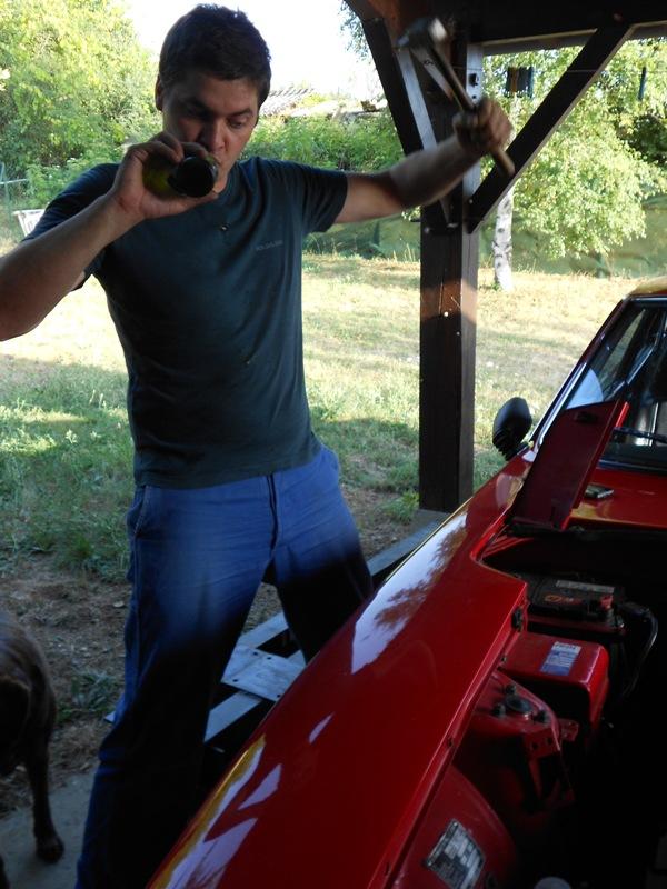 Datsun 260Z 2+2 rouge... présentation enfin!! Dscn0495