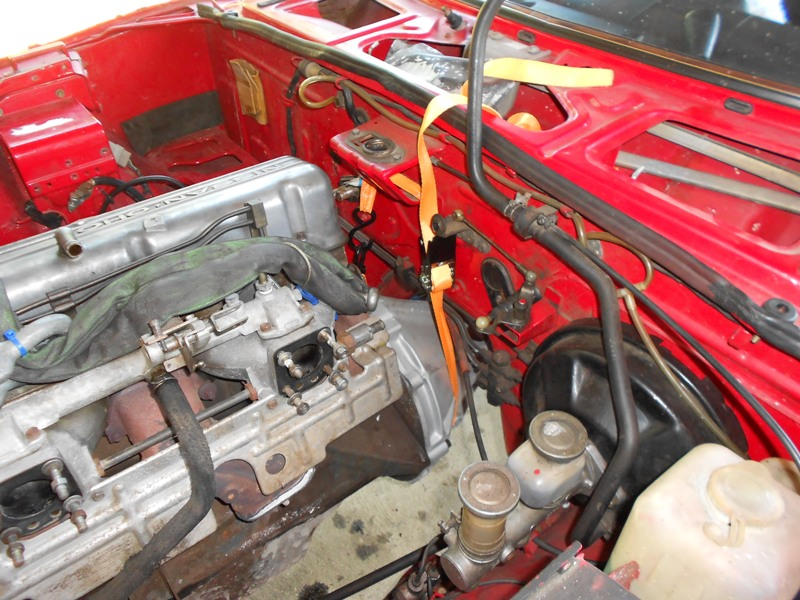 Datsun 260Z 2+2 rouge... présentation enfin!! Dscn0556