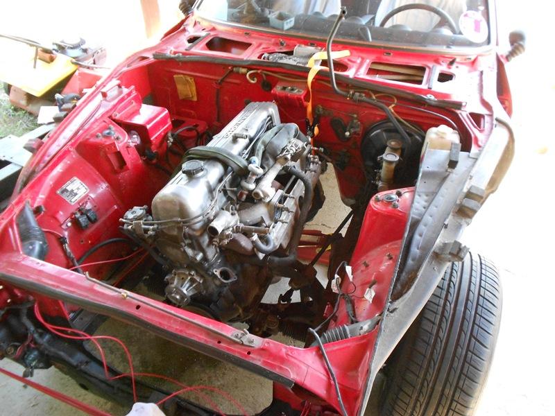 Datsun 260Z 2+2 rouge... présentation enfin!! Dscn0561
