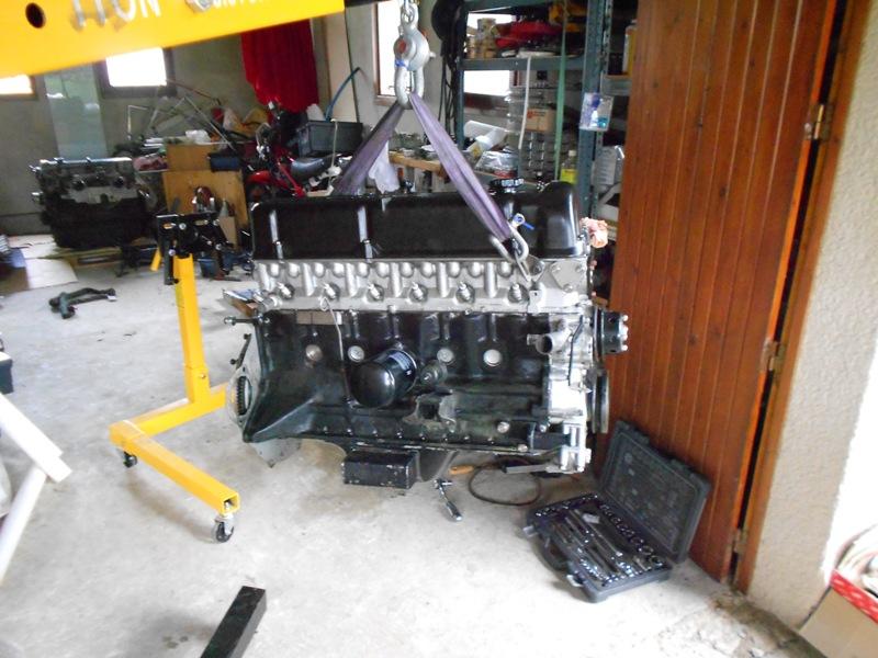Datsun 260Z 2+2 rouge... présentation enfin!! Dscn0574