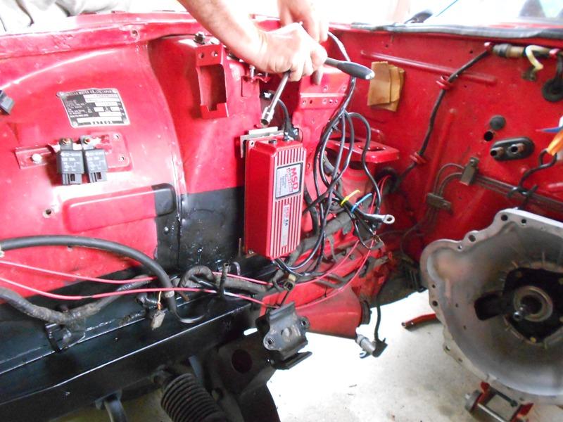 Datsun 260Z 2+2 rouge... présentation enfin!! Dscn0577
