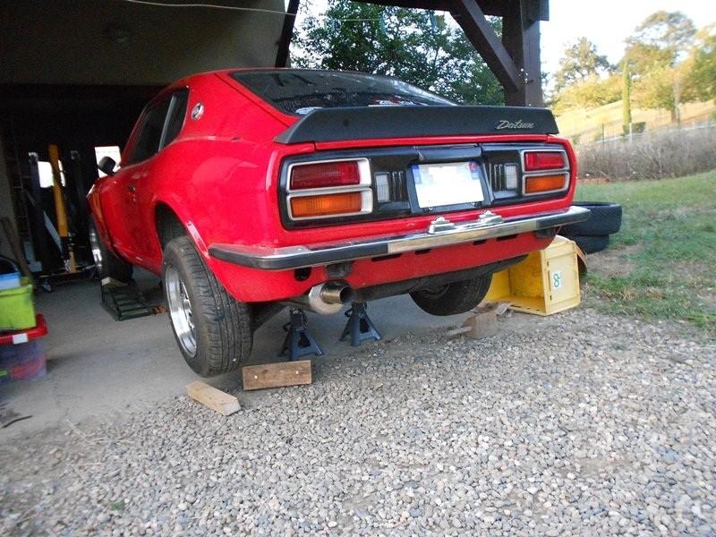 Datsun 260Z 2+2 rouge... présentation enfin!! Dscn0622