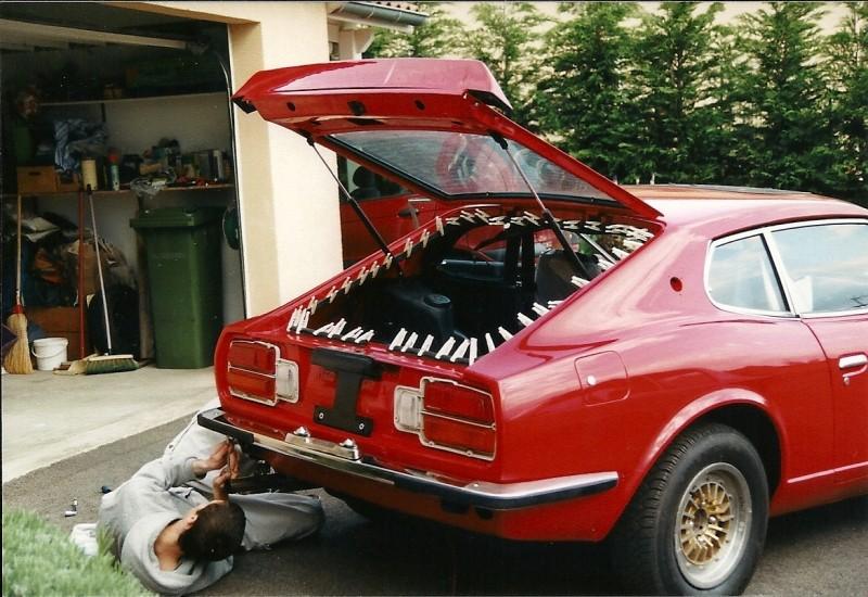 Datsun 260Z 2+2 rouge... présentation enfin!! Ranova45