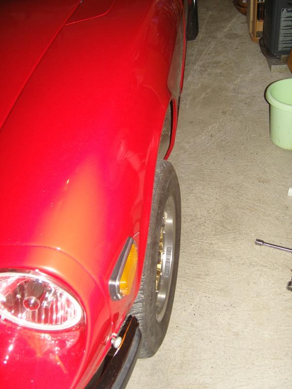 Datsun 260Z 2+2 rouge... présentation enfin!! Sn152712