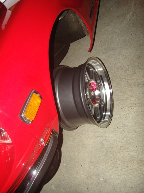 Datsun 260Z 2+2 rouge... présentation enfin!! Sn152714
