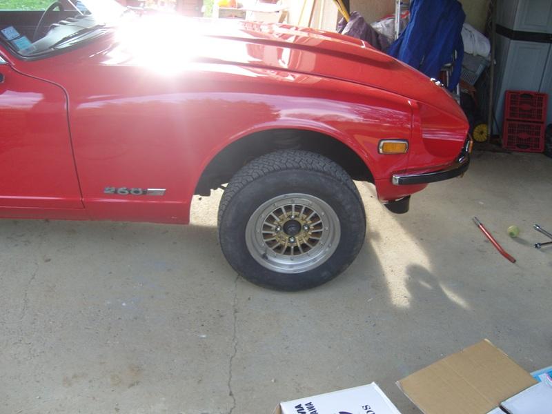 Datsun 260Z 2+2 rouge... présentation enfin!! Sn152727