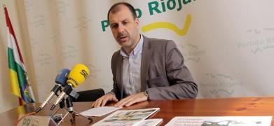 """González de Legarra: """"El sector vitivinícola está padeciendo las consecuencias de la nefasta política del Gobierno de Pedro Sanz """" Miguel10"""
