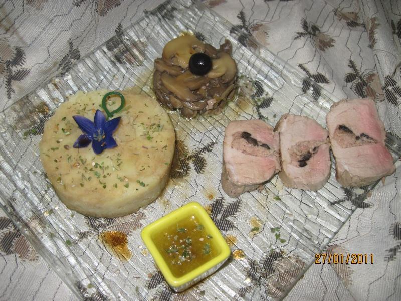 filet mignon de porc farci à la rillette de porc et aux olives Filet_10