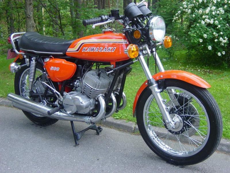 HB Custom : variations autour du Z750 B Dsc03810