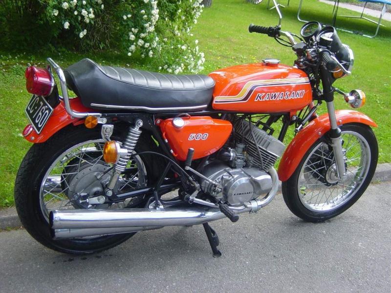 HB Custom : variations autour du Z750 B Dsc03811