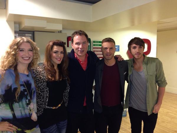 Gary en promo sur Itv1 et à la BBC1 le 02-10-2012 134