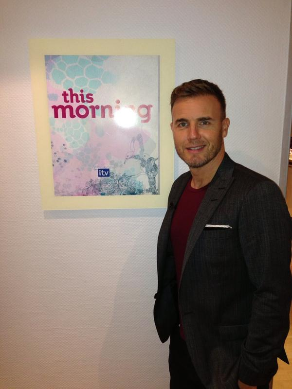 Gary en promo sur Itv1 et à la BBC1 le 02-10-2012 138