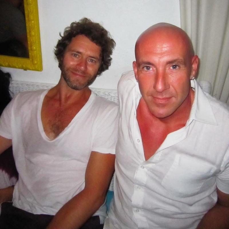 Howard: avant et maintenant - Page 35 Ibiza10
