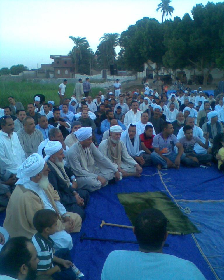 إحياء سنة الحبيب (صلى الله عليه وسلم ) بصلاة عيد الفطر المبارك في الخلاء علي ضفاف النيل بقرية الكتكاتة2012 7710