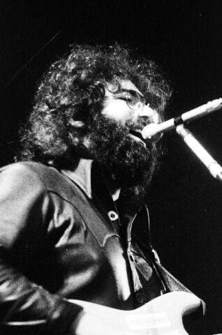 Grateful Dead - Pics - Page 8 1972_j13
