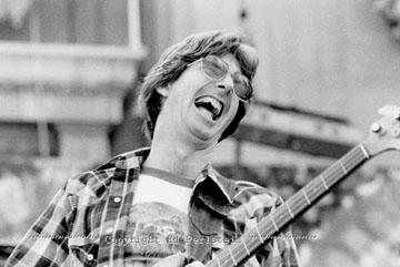 Grateful Dead - Pics - Page 7 1981_p10
