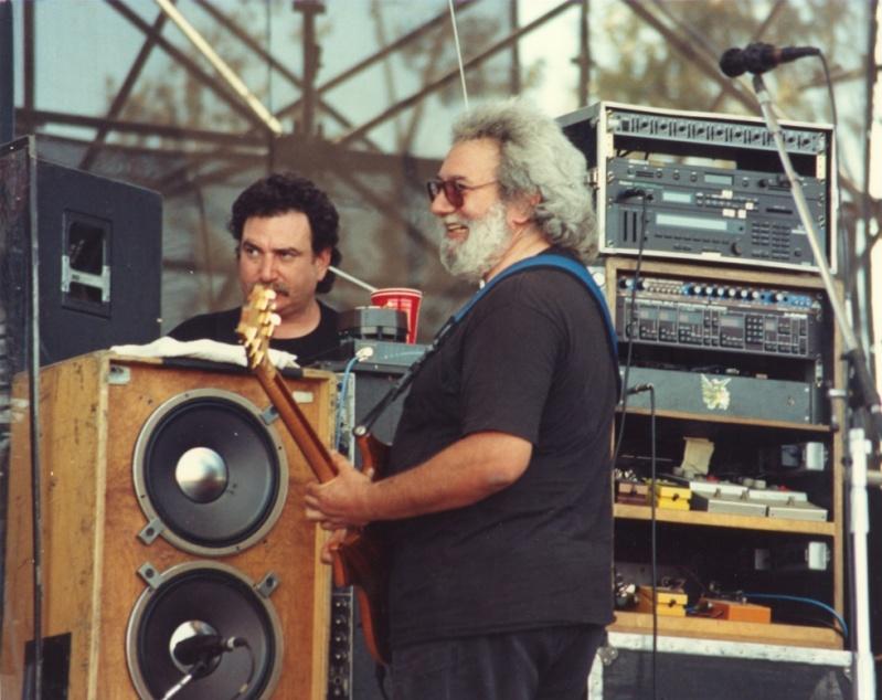 Grateful Dead - Pics - Page 7 19900512