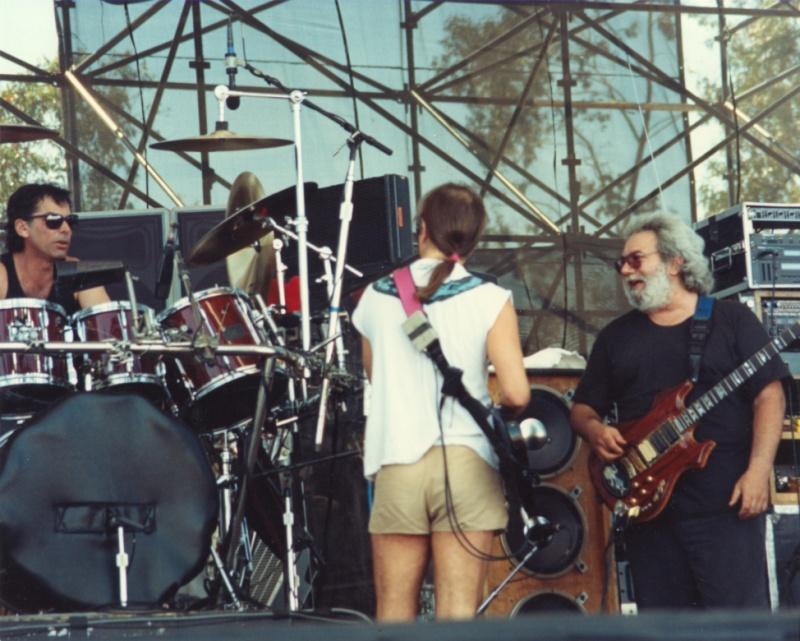 Grateful Dead - Pics - Page 7 19900514