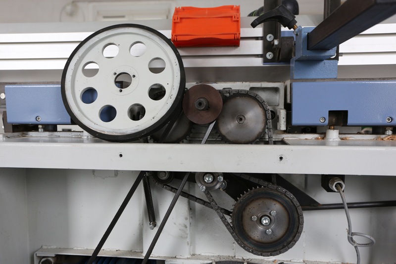 amélioration R D - Motorisation table raboteuse (voir p.13) et amélioration R/D Holztech FS320 (première partie)  14_mai10