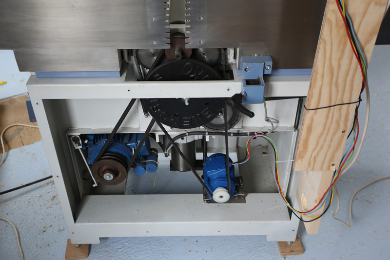 amélioration R D - Motorisation table raboteuse (voir p.13) et amélioration R/D Holztech FS320 (première partie)  29_jui10