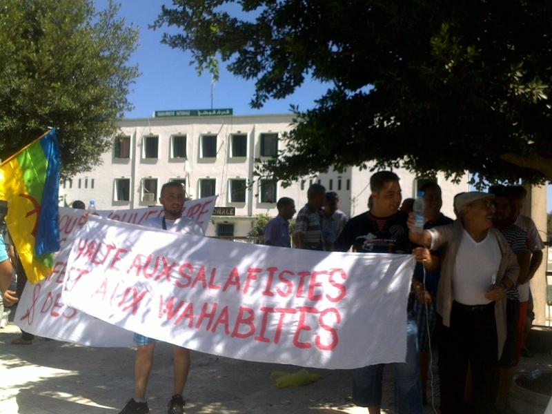 LIBERTE DE CONSCIENCE EN KABYLIE : Appel à un rassemblement le samedi 3 Août à 11 h à proximité de la poste d'Aokas  - Page 2 03082043