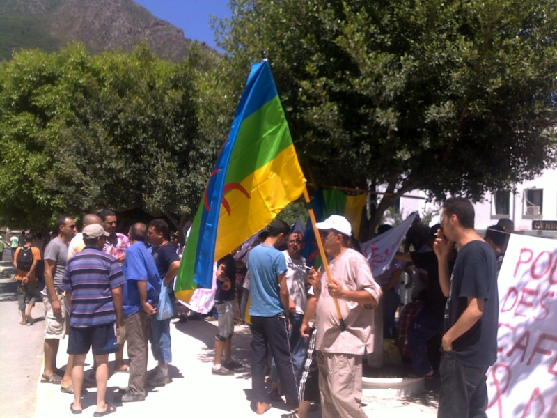 LIBERTE DE CONSCIENCE EN KABYLIE : Appel à un rassemblement le samedi 3 Août à 11 h à proximité de la poste d'Aokas  - Page 3 03082063
