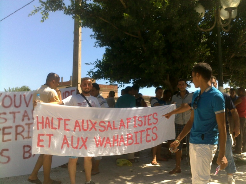 LIBERTE DE CONSCIENCE EN KABYLIE : Appel à un rassemblement le samedi 3 Août à 11 h à proximité de la poste d'Aokas  - Page 3 03082069