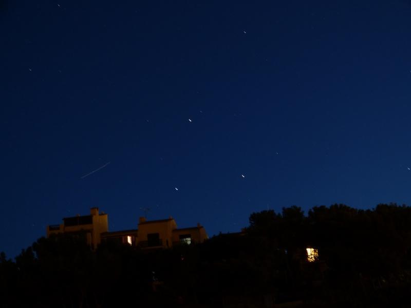 2012: Le 8 et 9/08 vers 22h30 - Etoiles en forme de triange - Port-la-Nouvelle (11) P1010213