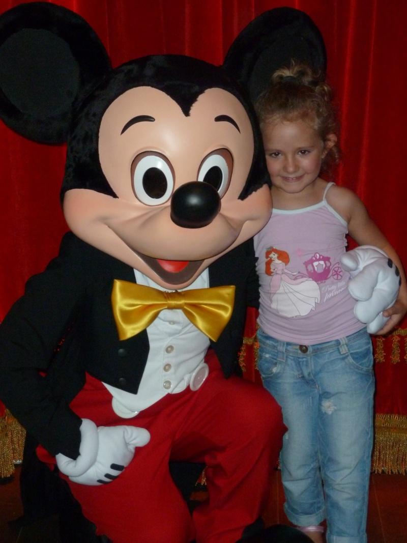 Meet Mickey Mouse - Rencontre avec Mickey (depuis le 16 mai 2012) - Page 28 P1030812