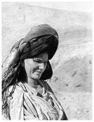 MAROC CENTRAL ( J. Robichez ) - Page 2 Maroc_72