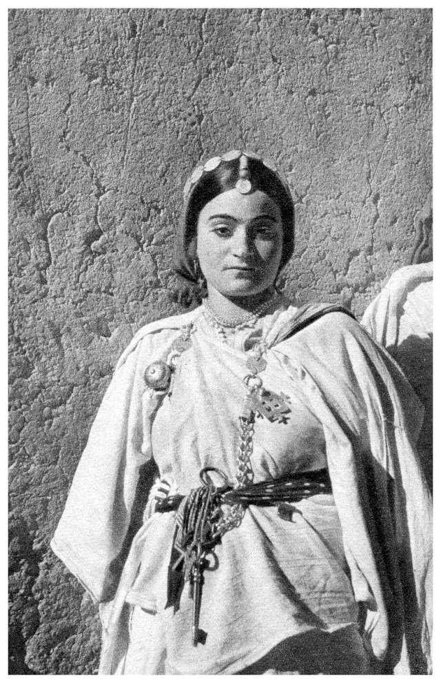 MAROC CENTRAL ( J. Robichez ) - Page 2 Maroc_74