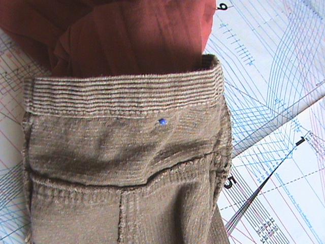 [TECHNIQUE DEBUTANT] [DOUBLURE]  doubler un pantalon Dsc08041