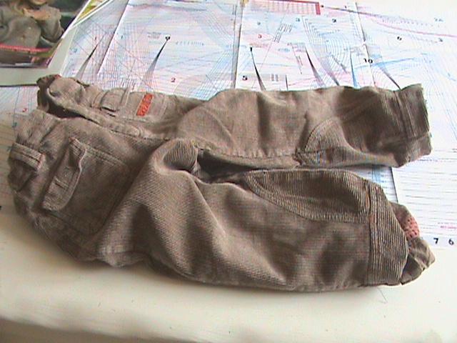 [TECHNIQUE DEBUTANT] [DOUBLURE]  doubler un pantalon Dsc08045