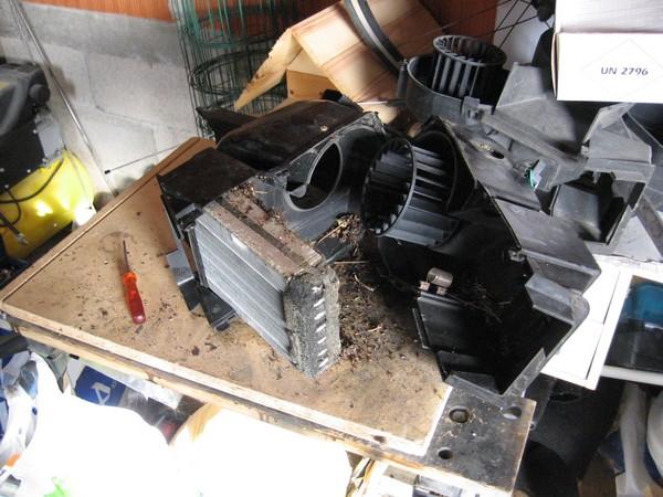 [Tuto] Remplacement pulseur d'air et radiateur de chauffage Img_0036