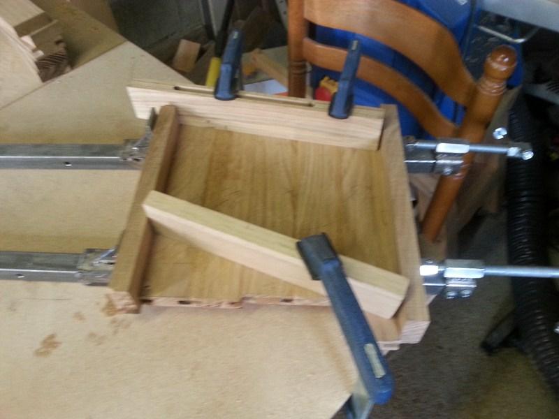 Table basse  de salon carrée  en chène  10_80010