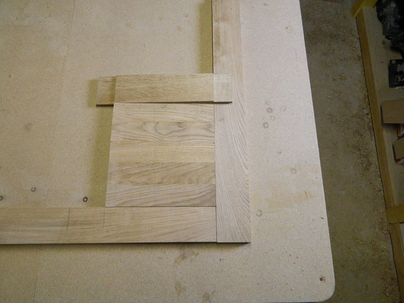 Table basse  de salon carrée  en chène  15_80010