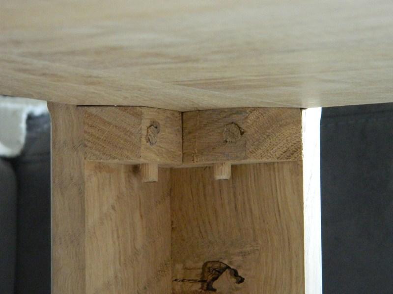 Table basse  de salon carrée  en chène  - Page 2 26_80010