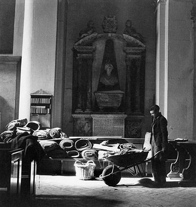 Cecil Beaton's war photography Cecil-19