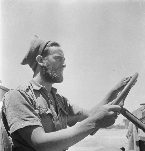 Cecil Beaton's war photography Driver10
