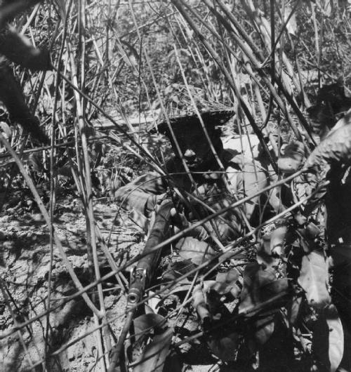 Cecil Beaton's war photography Gurka10