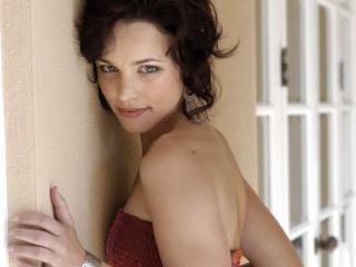 Juliet Rousseau Rachel10