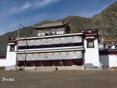 La Chine sac au dos (23) Aux confins du Gansu (甘肃) et du Qinghaï (青海), un bel aperçu  du Bouddhisme Tibétain 23-14-11