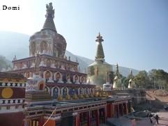 La Chine sac au dos (23) Aux confins du Gansu (甘肃) et du Qinghaï (青海), un bel aperçu  du Bouddhisme Tibétain 23-6-w10