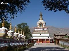 La Chine sac au dos (23) Aux confins du Gansu (甘肃) et du Qinghaï (青海), un bel aperçu  du Bouddhisme Tibétain 23-7-w10